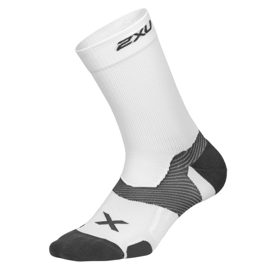 a66b7f2ca 2XU Vectr Cushion Crew Socks (White-Grey) | Direct Badminton